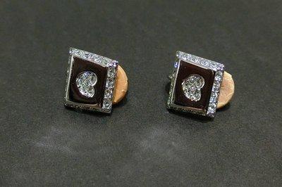 【Swarovski】施華洛世奇不規則方形愛心水鑽夾式耳環~免運