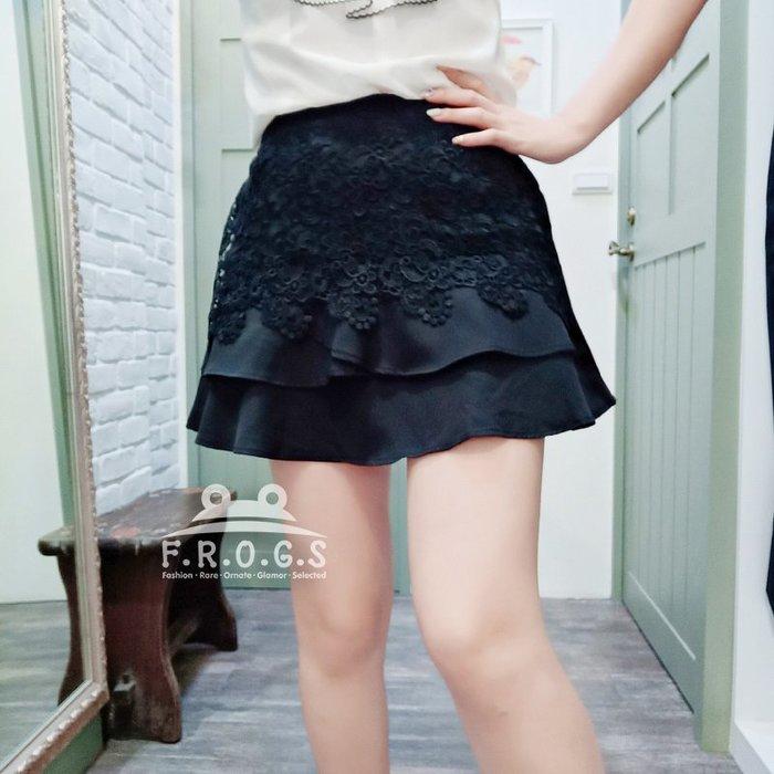 F.R.O.G.S T00080(全新)日本製清新雙層全黑素色勾花防曝光造型短裙A字裙褲裙短褲休閒褲-現貨特價