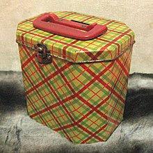[狗肉貓]_早期老品_古著動人顏色_鐵盒存錢筒