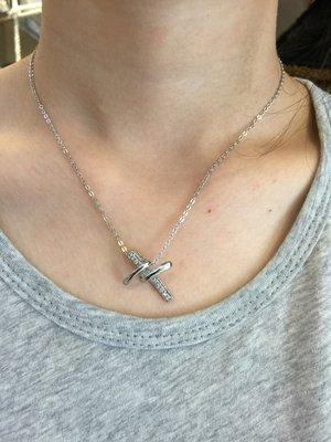 【江南小舖】 正韓-造型十字架鑲鑽頸鍊