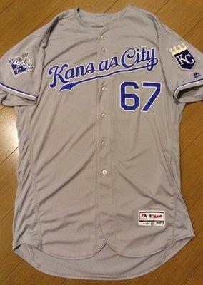 MLB大聯盟堪薩斯城皇家隊王建民灰色實戰球衣-附大聯盟認證-可以交換實戰球衣