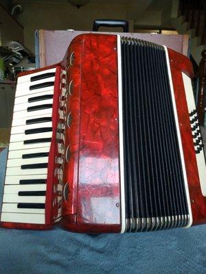 二手Reghin羅馬尼亞18Bass手風琴