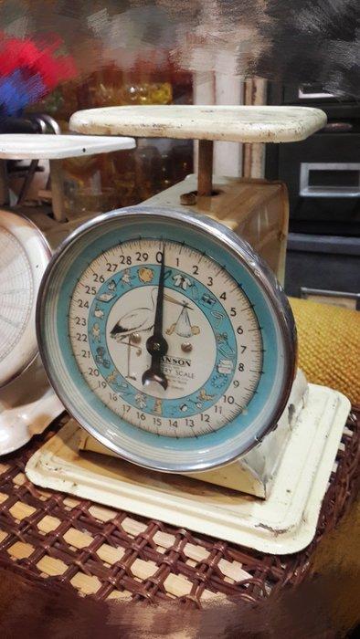 ~Cotton Milk 雜貨散步~ 美國鄉村雜貨 --- 1950' 送子鳥古董嬰兒磅秤(稀有款)