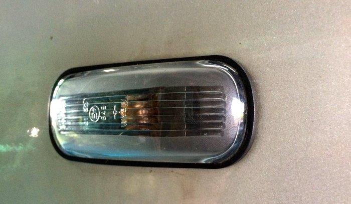 AEROTUN SAAB 900 9000 9-3 9-5 葉子板側燈防水墊片