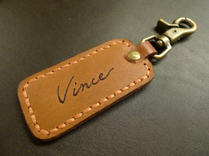 KH手工皮革工作室 MIT全牛皮鑰匙名牌 鑰匙吊牌 皮革鑰匙圈手工縫線可免費燙字 紀念品 畢業禮品 情人節 社團禮物