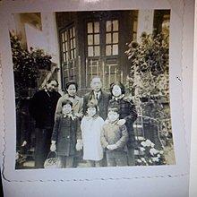香港1964年2月23日 黑白照片 攝於黃大仙廟花園
