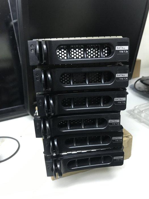 二手Dell PowerVault NF500 HD TRAY 962+592  SATA to SAS 現貨6個