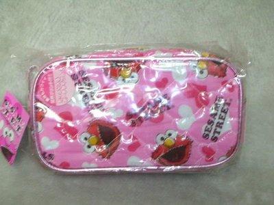 *凱西小舖*日本進口正版三麗歐芝麻街SESAME STREET艾摩ELMO愛心筆袋/化妝包