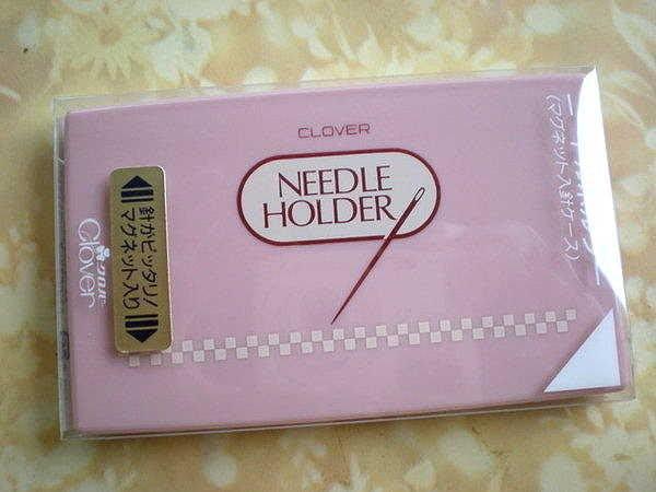 *巧巧布拼布屋*可樂牌57-690 粉紅磁針盒 / 方便收納珠針.待針.縫針.壓針 / 磁性針盒日本進口