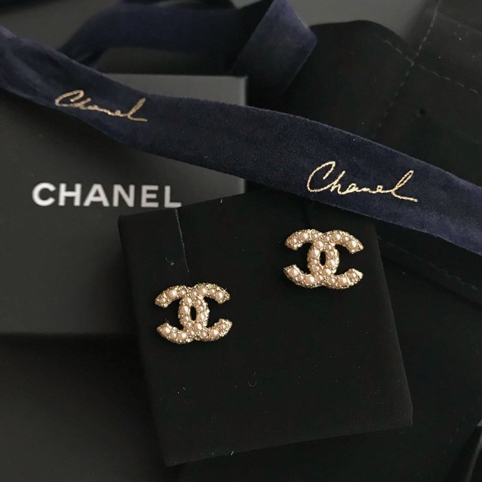 J-Shop Luxury Chanel 華麗珍珠水鑽耳環
