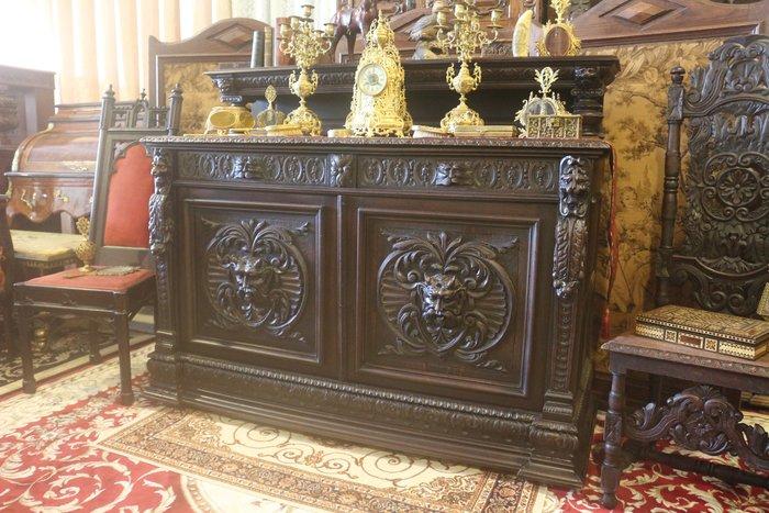 【家與收藏】特價頂級稀有珍藏歐洲百年古董英國1880年維多利亞時期博物館級貴族精緻手工傳家雕刻老邊櫃/置物櫃