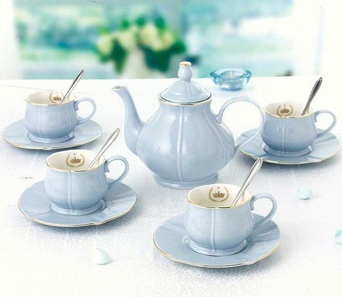 皇家粉藍色鬱金香骨瓷下午茶系列清新藍組一壺四杯四盤四勺盤【 蘇菲亞精品傢飾】