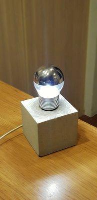 【現貨速寄】不鏽鋼半圓罩 LED 4w燈泡  220/ 110v共用,可調光 新北市