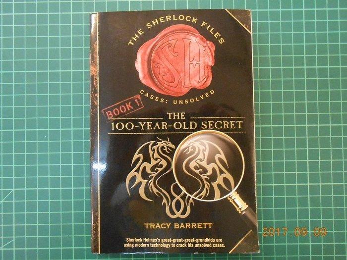 《The 100-year-old Secret 》 Tracy Barrett 著 幾乎全新【CS超聖文化2讚】