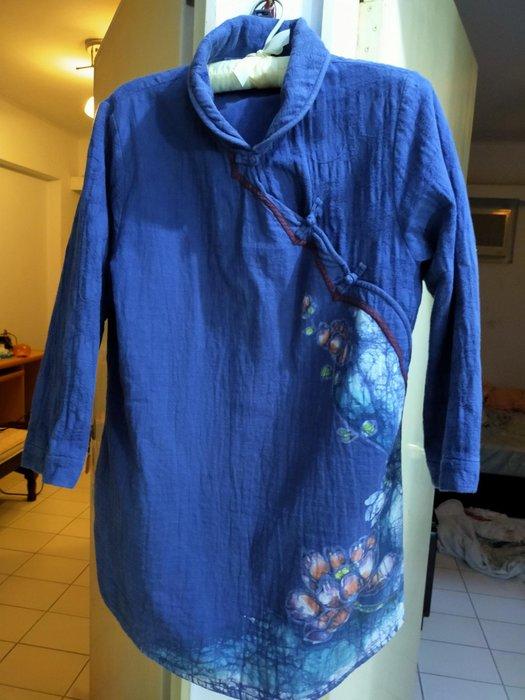 孟荷,布衣手染服飾尺寸大m到xL都有好布料紮實舒適孟荷品牌中國風手染服質感很好,夏天穿不會悶熱手染服每件600買三送一,都是好料子幾千元的服飾桃園可自取