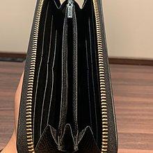出清特價 全新真品 GUCCI GG 經典 金屬 LOGO 荔枝紋 牛皮 拉鍊 長夾 皮夾 卡夾 黑色 OUTLET購入