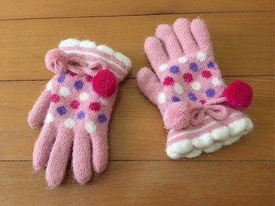 女童加厚棉絨手套 近全新$59運37 6歲以下適用 只使用一次帶去日本旅遊 防寒防凍