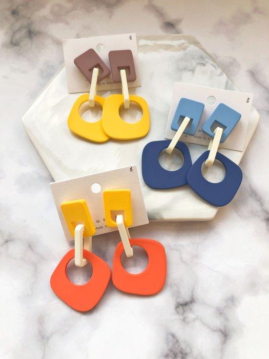 韓國代購~玩色幾何方塊垂耳耳環