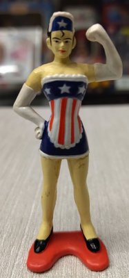D-11 櫃 現狀品 : 1994  美國女傭 超級蜱人 THE TICK AMERICAN MAID