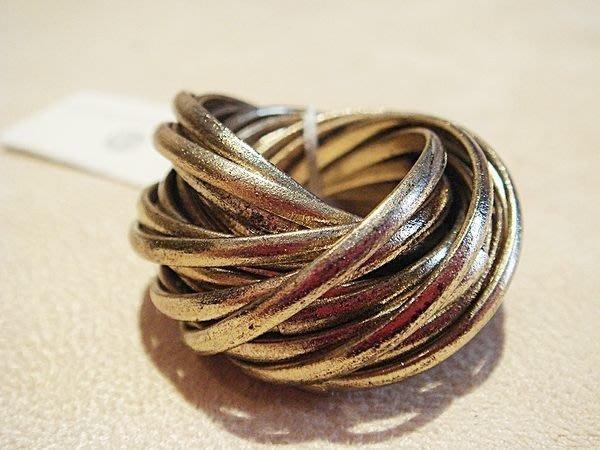全新名牌 cb christopher&banks 古金色多環造型戒指,也可當墜子,低價起標無底價!本商品免運費!