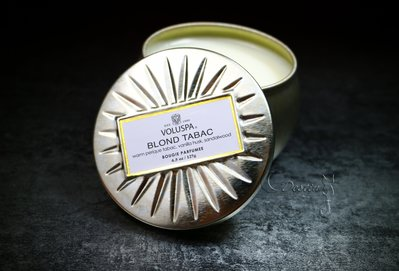 Voluspa 美國 香氛精油蠟燭 金黃菸草 Blond Tabac 4.5 oz 迷你鐵罐 全新