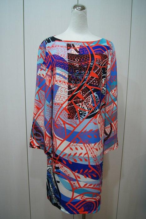 Pucci    藍色紅彩紋長袖洋裝    原價   89700   特價  15000