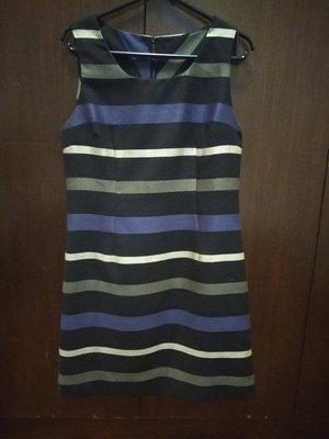 好質感 紫灰條紋優雅 連身裙 二手  原價1800以上 38 M