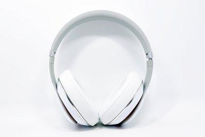 【高雄青蘋果3C】Beats New Studio 白 二手 耳罩式耳機 #03973