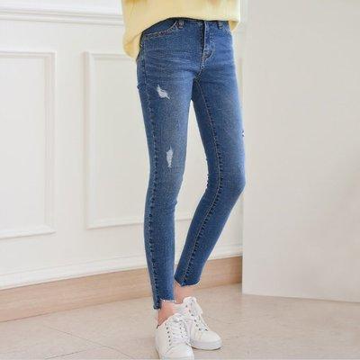 Bellee  正韓  好比例褲管切口貼腿彈性鬆緊窄管牛仔褲   S-XXL 【02F108】 預購