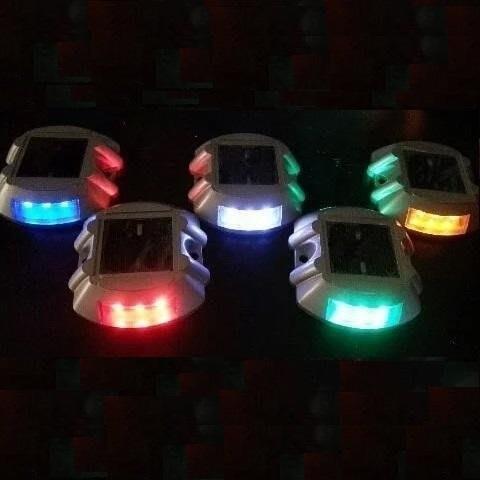 ☀傑太光能☀太陽能燈 6LED 太陽能 道釘 警示燈  閃光燈 大車燈 山貓 怪手  爆閃燈 D-06  保固 面向陽光
