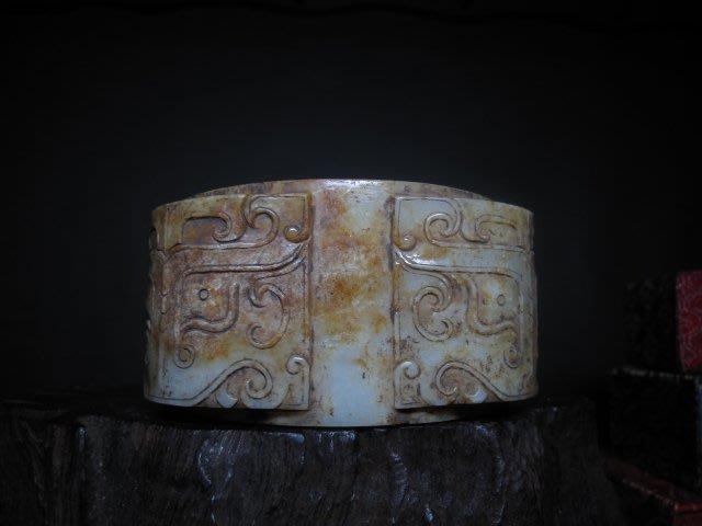 和闐玉雕 ◎ 獸面紋 老玉琮