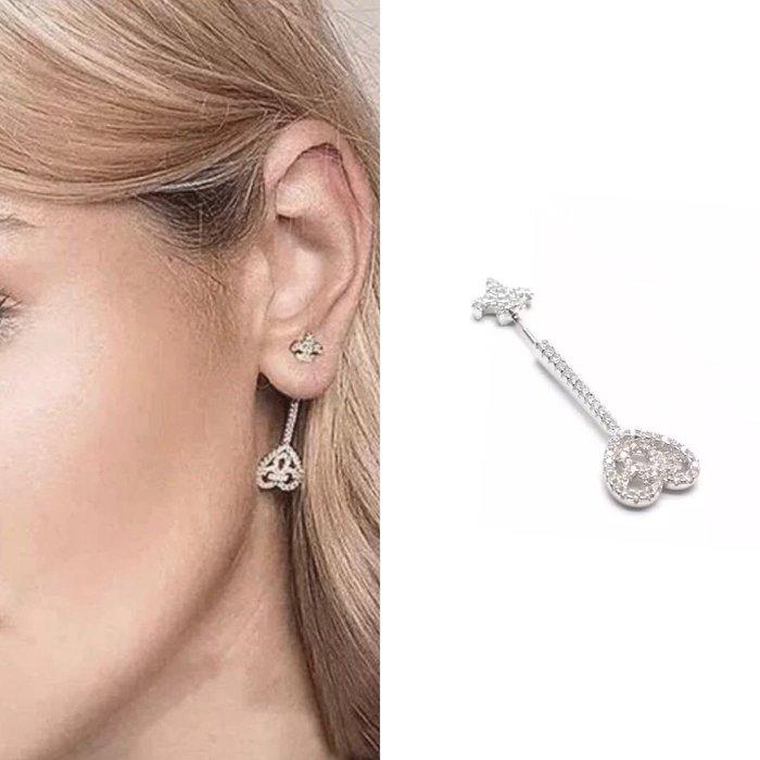 💎1632、絕版稀有限量特殊克羅心穿耳權杖精品耳環(單邊)💎 名牌精品 耳環 925純銀耳針 空運來台 輕奢珠寶 正韓飾品