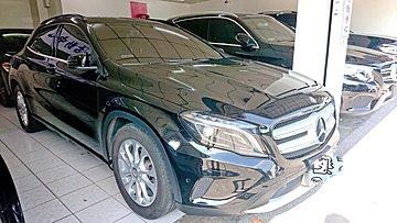 2016領牌 上海汽車 BENZ GLA180 只跑4萬多公里