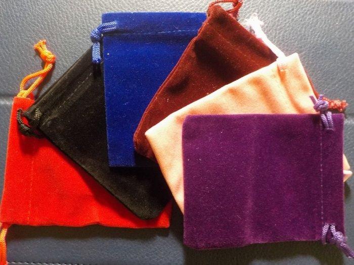 琥珀貓~【包裝材料】首飾袋/飾品袋 /絨布袋/束口袋(7X9cm)~一個