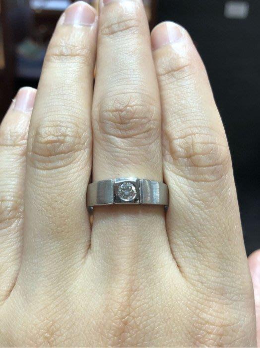 23分天然鑽石戒指,男用中性款式,經典簡單設計款式,戒台厚實寬版適合平時佩戴,超值優惠價16800