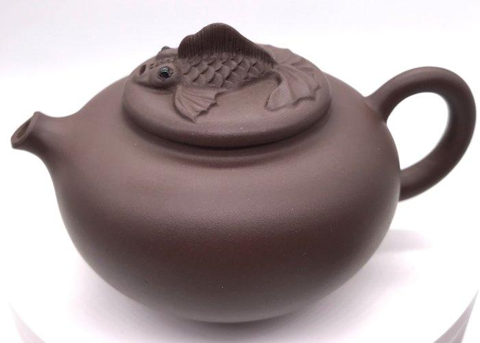 (金魚展翅)紫砂茶壺(https://asta360.com/spin/15967000775DV)