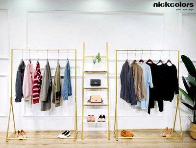 尼克卡樂斯 ~金色極簡風格服飾店落地衣...