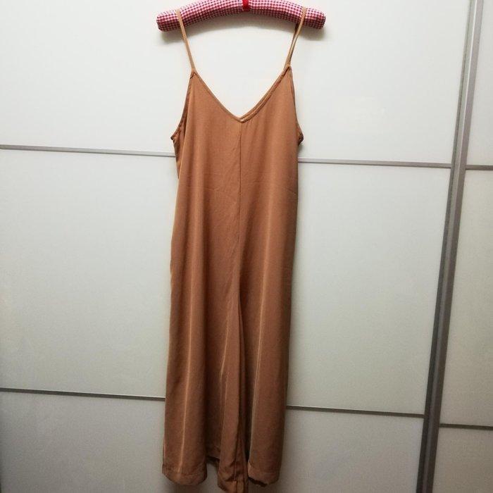 韓版駝色連身寬褲