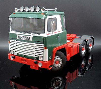 【M.A.S.H】現貨特價Road Kings 1/18 Scania LBT 141 Tractor 1976 綠紅