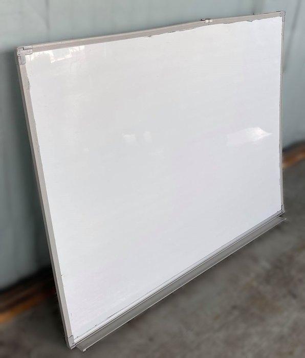 宏品2手家具館 二手辦公傢俱大特價 C031705*4尺白板* 辦公設備拍賣 辦公桌椅 電腦桌椅 書桌椅 會議桌 鐵櫃