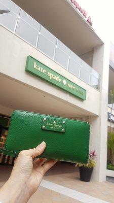 Kate space 長夾  2色出售粉/綠可選正版商品商品8成新1個含運2900元2個一起買可免運