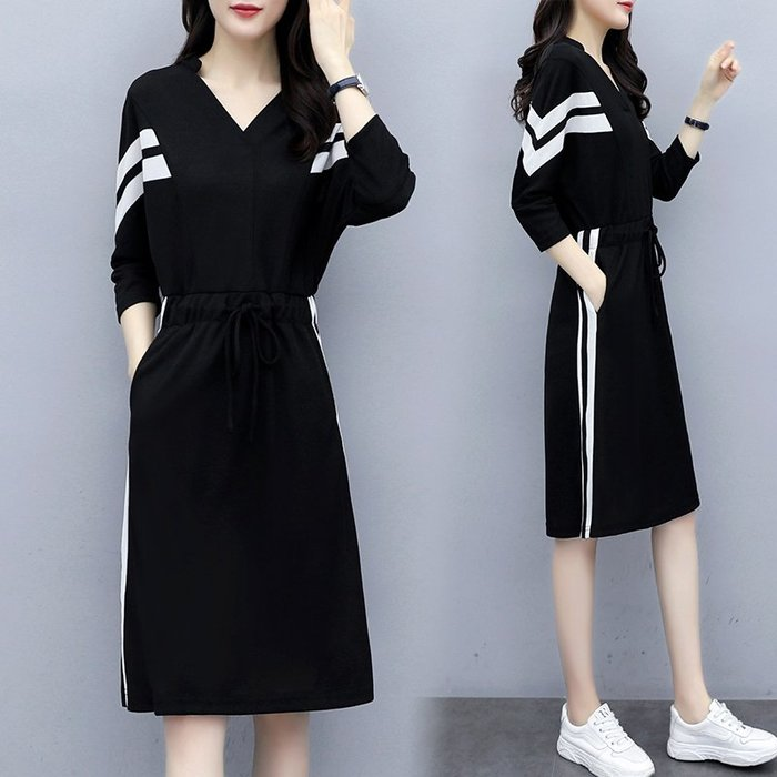 [C.M平價精品館]新品特價L~5XL/側直槓設計大方有型收腰顯瘦黑色長袖洋裝  加大碼