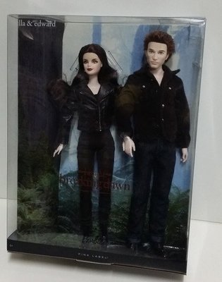 Mattel BarbieY5858 The Twilight Saga: Breaking Dawn Part2 Bella & Edward Giftset