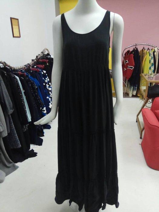 RolaL168黑色L長洋裝特價1800含運費