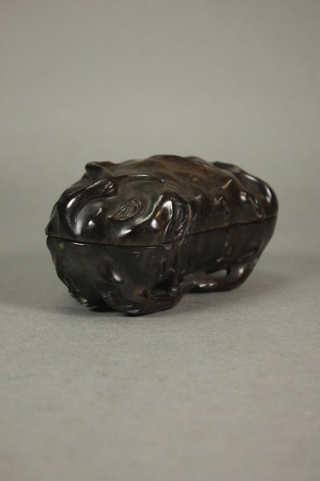 悅年堂 --- 小葉紫檀 木紋 隨形 蓋盒