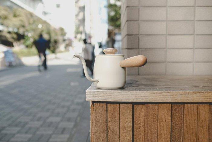 【多塔咖啡】免運 日本Tsubame製造 宮崎 MiyacoCoffee 不鏽鋼 細口壺  濾掛手沖壺400ml 米白色