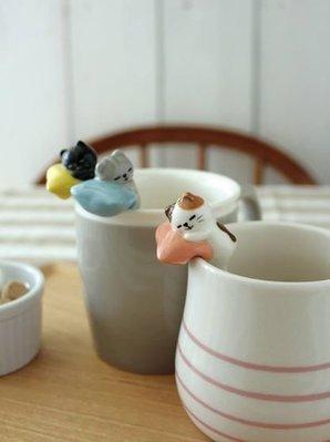 療癒商品 DECOLE 作夢貓 杯緣湯匙  安穩午睡 可愛的模樣 一面喝茶 一面攪拌 煩惱拋雲霄