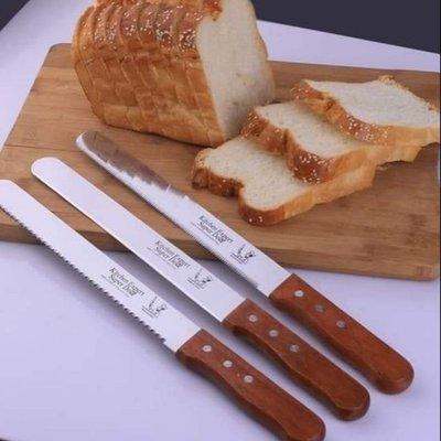 【默朵小舖】麵包刀 蛋糕刀 台灣 現貨 木製手柄 不鏽鋼 材質 奶油 切刀 刮刀 廚房用品 巧克力 烘焙 12吋