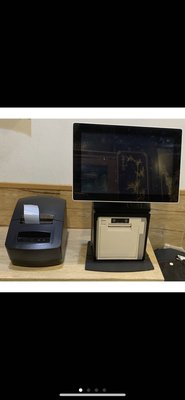 10吋 POS主機+貼紙機 +錢櫃 雲端 觸控螢幕 二手 買斷