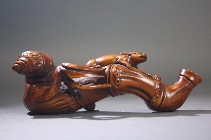 悅年堂 --- 黃楊木 雕 獸 筆架